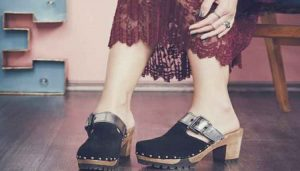 Holzschuhe, vom Schuh der Bauern zum trendigen Modeschuh